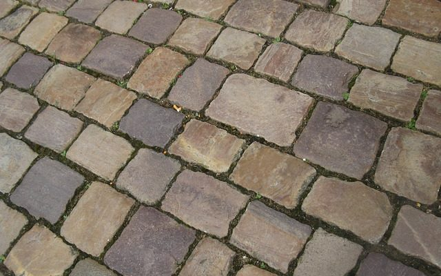 How Thick Should Driveway Pavers Be